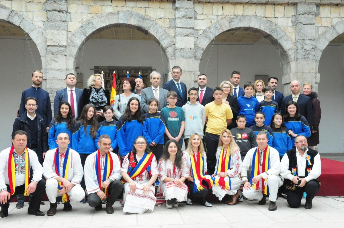 Erasmus+: Encuentro con la delegación rumana en el Parlamento deCantabria